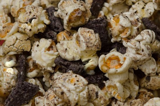 Southaven, MS: COOKIES N CREAM POPCORN STARTING $4.99 UP TO $35.99