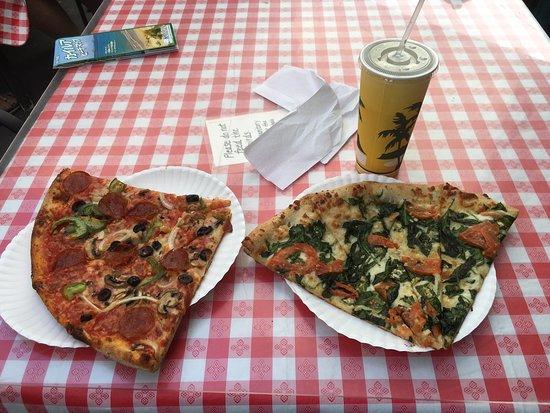 Bob's Boston Pizza Kailua: photo0.jpg