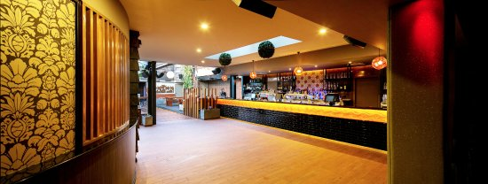 Albury, Australia: The Rooftop Bar at The Bended Elbow