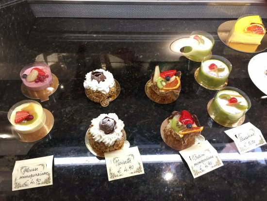 Vassalli Pasticceria: Yummy cakes
