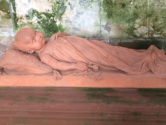 Lanercost, UK: Exquisite and poignant tomb