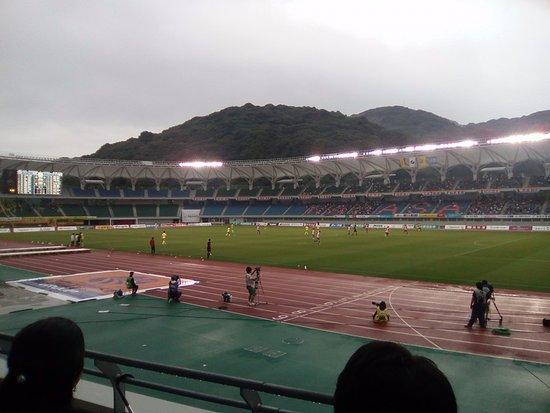 Isahaya, Japão: เกม J2 ระหว่าง V-Varen Nagasaki vs. JEF United Chiba 28 พ.ค. 16
