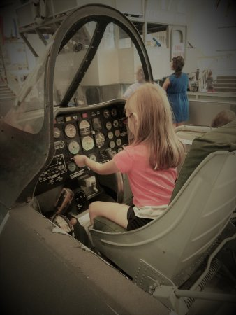 National Museum of Naval Aviation : In the cockpit