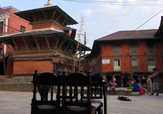 Bandipur, Nepal: The best view of life on the Bazarr