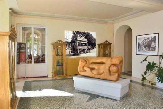 Grand Hotel Cadenabbia: THE 18TH CENTURY LOBBY AREA