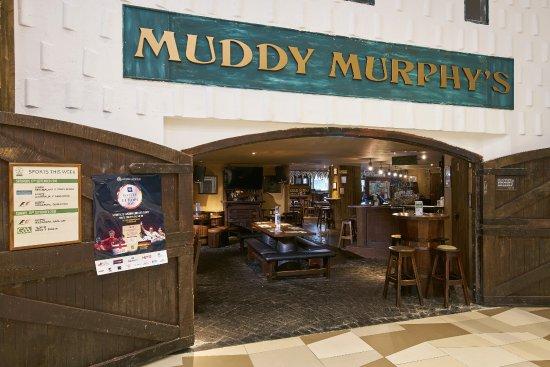 Muddy Murphy's Irish Pub : Muddy Murphy's Barn Door