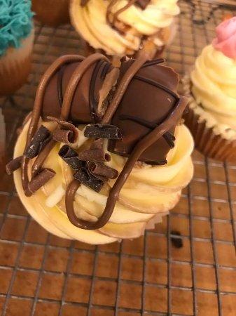 Ilminster, UK: Kinder bueno cupcake