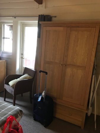 Otley, UK: Some photos from room 49 in one of the woodland lodges