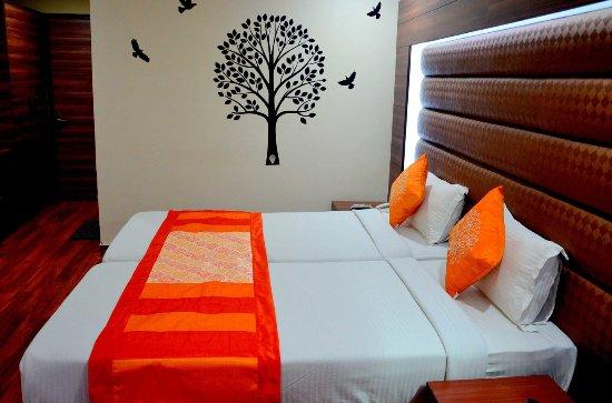 Hotel Geetika Galaxy