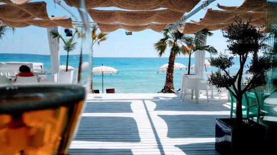 Mojacar Playa, Spain: El paraiso está cerca, está en Mojácar, está en pirata beach club