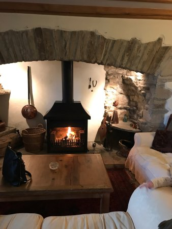 Preston-under-Scar, UK : We stayed at Hawthorn Cottage over the easter holidays. The house is the perfect get away for fa