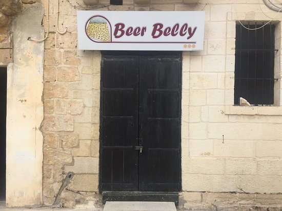 Rabat, Malta: Beer Belly 4U