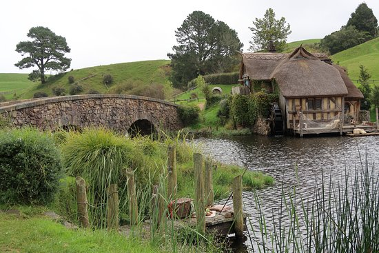 picture of hobbiton movie set tours hinuera tripadvisor. Black Bedroom Furniture Sets. Home Design Ideas