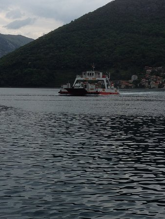 Kamenari, Montenegro: Ther ferry across the bay to Tivat