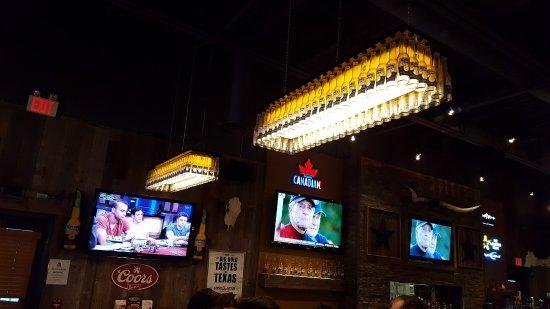 Lone Star Texas Grill: Cool lights