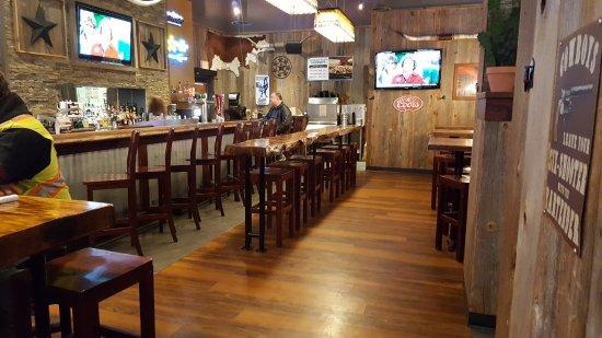Lone Star Texas Grill: Tables near us