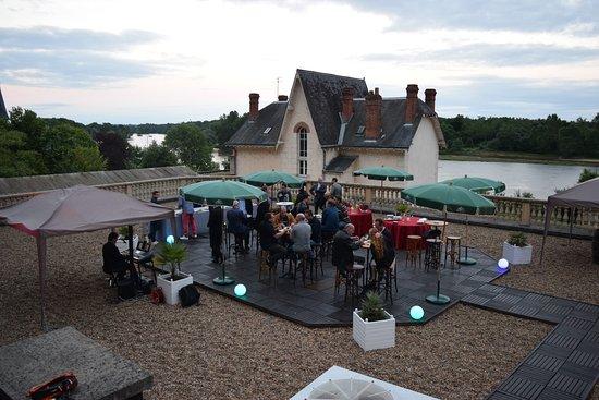 Rochecorbon, France: Réception terrasse