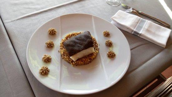Maison du Terroir: Cabillaud, croûte d'ail Noir, Risotto de Quinoa torréfié
