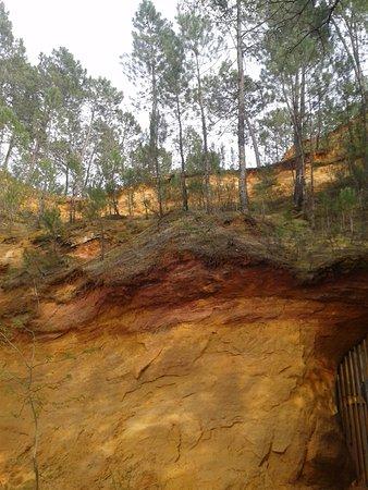 Gargas, France: alentour extérieur mine