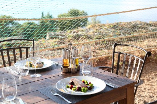 Island of Vis, Kroatia: Table with a view