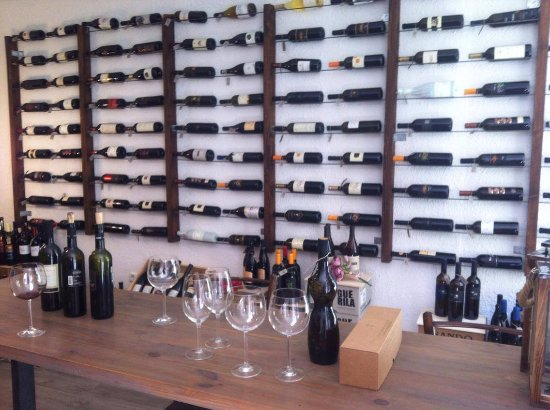 Wine Store Štorija
