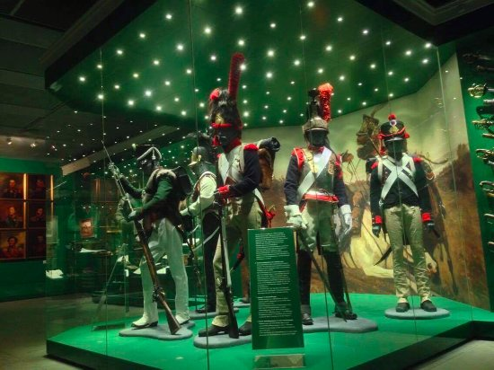 Borodino Battle Museum Panorama: French and Russian army uniforms