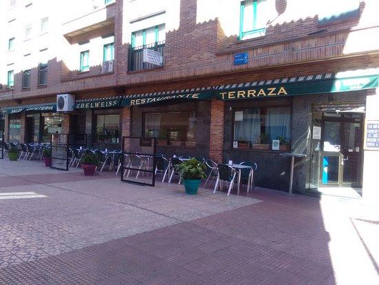 Cafeteria Edelweiss Leganes Calle Ordonez Restaurant