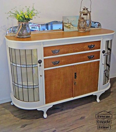 Woodford, Australia: Up-cycled furniture
