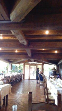 Pizzoferrato, Italie : ...tutto in legni pregiati