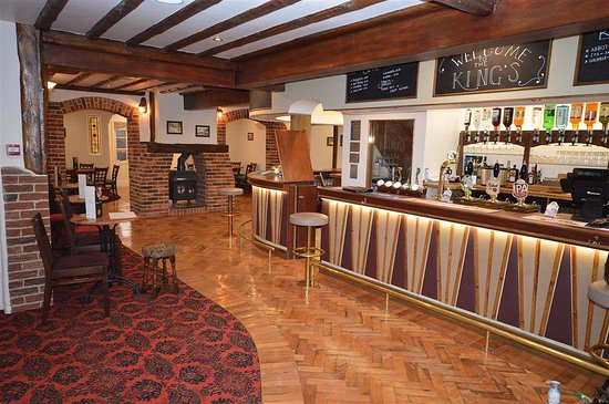 Watton, UK: The Main Bar