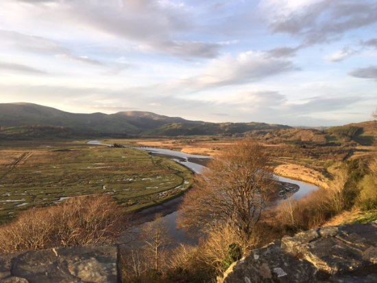 Machynlleth, UK: Stunning views from the Castle over the Dyfi Estuary