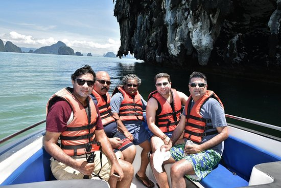 JC Tours: Enroute to James Bond Island