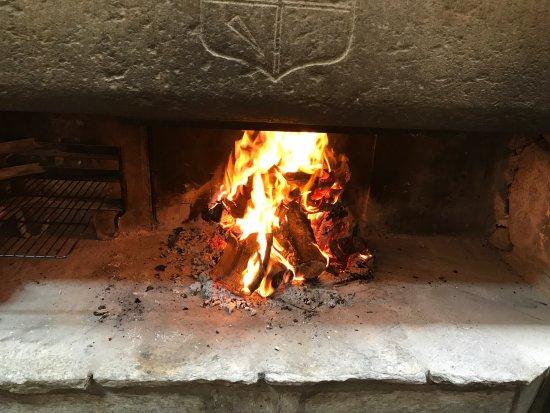 Correncon-en-Vercors, Francia: Le feu oblige l'hiver