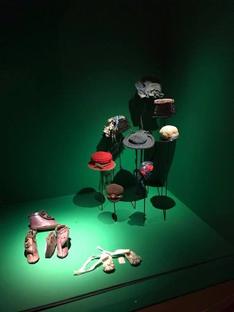 Lund, İsveç: Tiny hats and shoes
