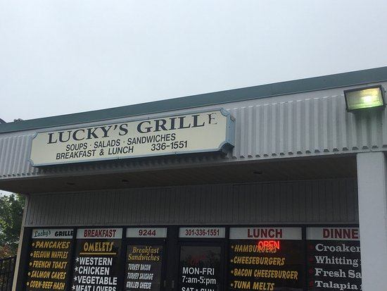 Capitol Heights, MD: Luckys Grill