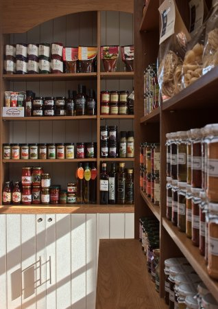 Banchory, UK: The Mains of Drum Food Hall