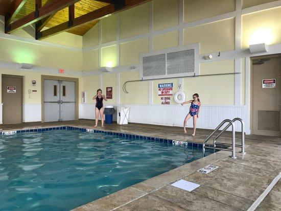 Newbury, OH: pool