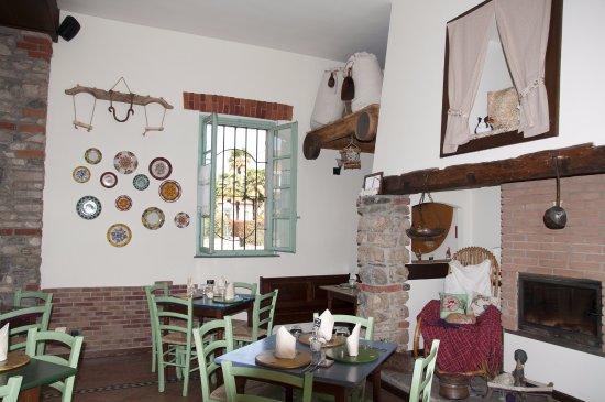 Cadrezzate, İtalya: IL LOCALE (32)