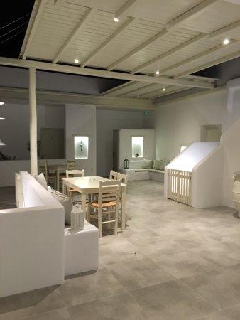 Drios, Grécia: Tutto nuovo da Anna e tutto sempre molto buono andate a vedere il nuovo stile merita