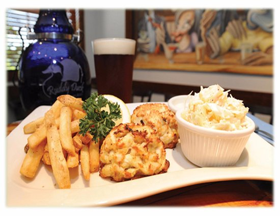 Ruddy Duck Brewery & Grill: Crab Cake Entree