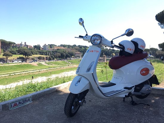 Vittoria Rent Scooter
