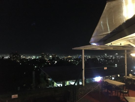 Mr. A Bar & Restaurant: photo5.jpg