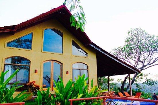 Anamaya Resort & Retreat Center: Haupthaus