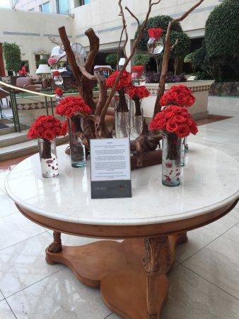JW Marriott Hotel Quito: Lobby Flowers