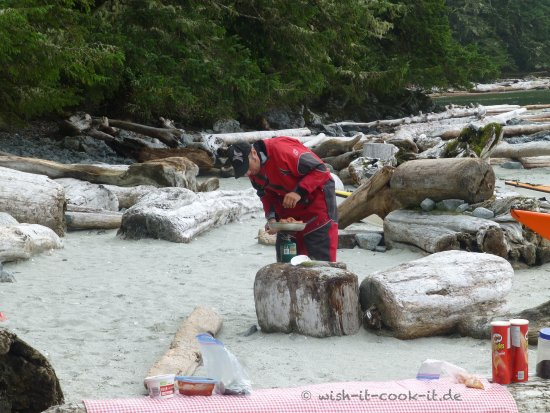 Majestic Ocean Kayaking : Wish-it-cook-it Majestic Oceam Kayaking Ucluelet, BC, Kanada