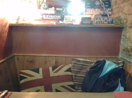 Aynho, UK: Cosy bar table at teh GWA