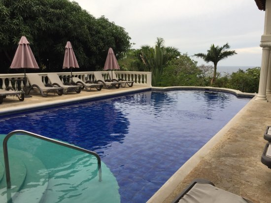 Parador Resort and Spa: Adults pool-12m approx