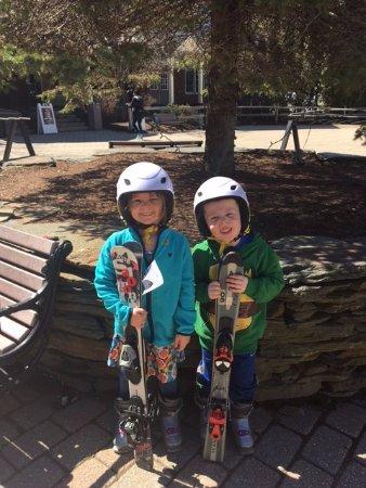 Hancock, MA: mini skiers