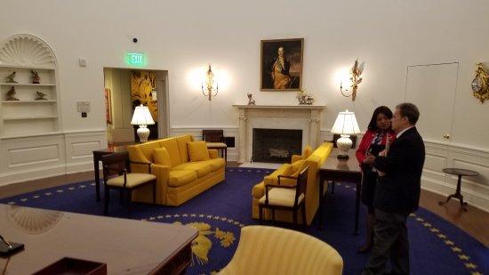 Yorba Linda, แคลิฟอร์เนีย: Richard Nixon Presidential Library and Museum