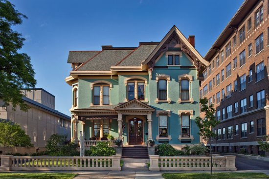 แคละมะซู, มิชิแกน: The Historic Kalamazoo House was built by the David Lilienfeld family in 1878
